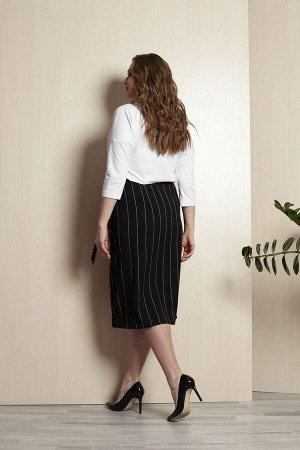 Юбка миди Пэ-60% хлопок-30% эластан-10% Рост: 164 см. Юбка женская, полуприлегающего силуэта, из текстильной ткани с принтом полоска. Перед юбки на запах. Заднее полотнище с талиевыми вытачками. Верхн
