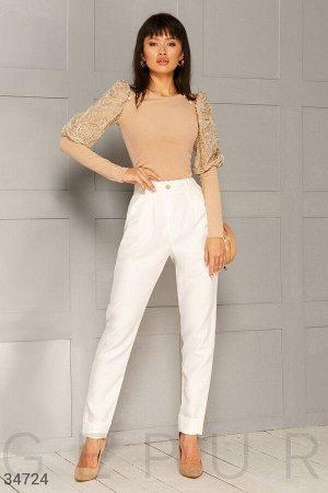 Белоснежные лаконичные брюки