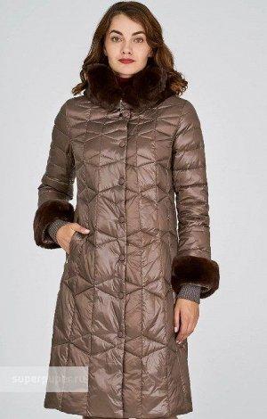 Женское пальто текстильное на натуральном пуху с отделкой мехом кролика
