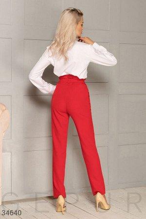 Алые женские брюки