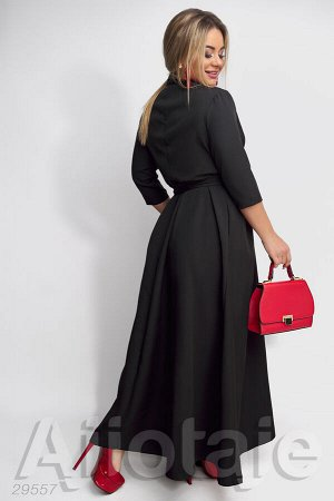Платье в пол с запахом черного цвета