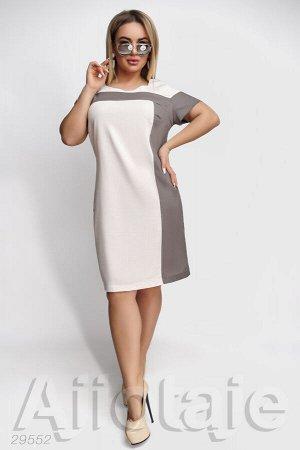 Льняное платье полуприлегающего силуэта