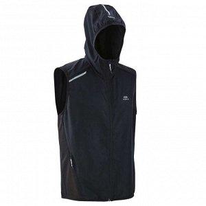 """Ветровка """"Дышащая"""" куртка станет настоящим спасением во время бега в ветреную погоду. Куртка снабжена капюшоном и карманом на молнии."""