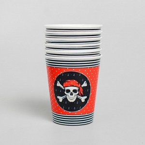 Набор бумажной посуды «С днём рождения», пиратский: 6 тарелок, 6 стаканов, 6 колпаков, 1 гирлянда