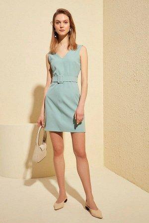 Платье С ремнём  ОЧЕНЬ КРАСИВОЕ платье из плотной ткани 95% полиэстер 5% эластан