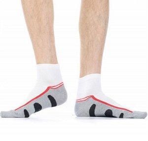 """Носки Хлопковые мужские носки с комфортной широкой резинкой """"в рубчик"""". Стопа модели выполнена из контрастной ткани с рисунком в виде крупных овалов.  Состав: Хлопок 76%, Полипропилен 16%, Полиамид 5%"""