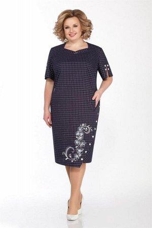 Платье Платье LaKona 1228 синий клетка  Состав ткани: Вискоза-45%; Лён-55%;  Рост: 164 см.  Платье. Платье выполнено из льна в полоску с искрой.  Длина платья сзади по спинке от плечевого шва 111 см,