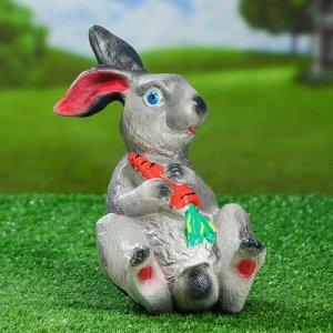 """Садовая фигура """"Заяц с морковкой"""", белый цвет, 24,5 см, микс"""