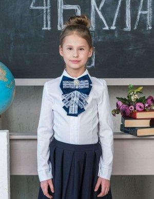 Школьная блузка с синим бантом