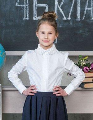 Школьная блузка с белым ажурным воротничком