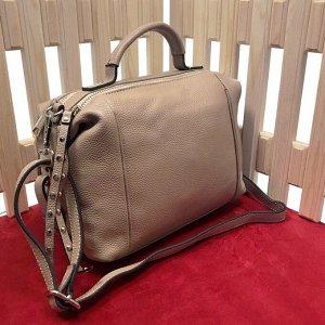 Модная женская сумочка Nude_Flower из дорогой матовой натуральной кожи карамельного цвета.