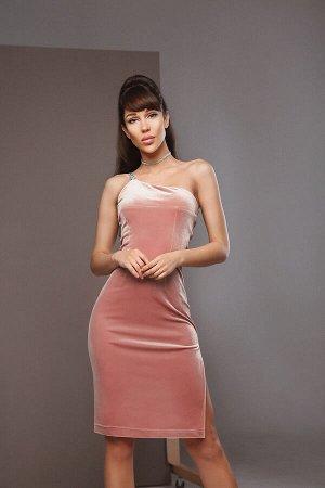 Бархатное платье на одно плечо с разрезом