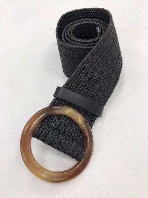 Ремень №13 Ткань: 100% полиэстер черный ОПИСАНИЕ Длина изделия:90 см Ремень тянется.