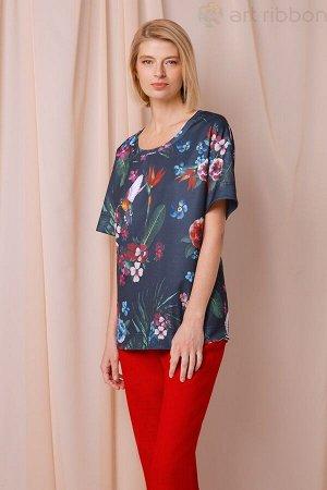 Интересная блуза-футболка, размер 50-52
