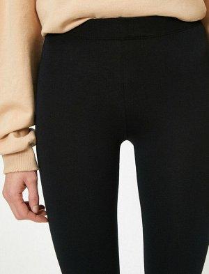 леггинсы ниже колена с деталями на ногах - черный