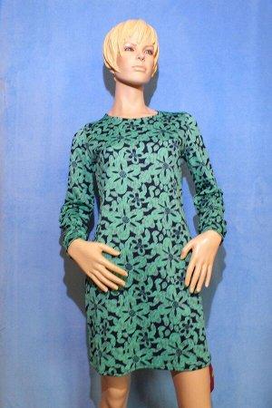Платье Материал кукуруза. На рукавах манжеты. Размеры: 46:ОГ 88см, ОТ 80см, ОБ 90см, длина 88см; 48: ОГ 90см, ОТ 86см, ОБ 94см, длина 90см. Имеет небольшой складской запах, при стирке уходит