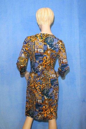 Платье Материал трикотаж, по бокам 2 кармана.42: Рукав 46 см, Длина 88 см, ОГ 82 см, ОТ 72 см, ОБ 90 см. 44: ОГ 88см, ОТ 76см, ОБ 94см, длина 100. Имеет небольшой складской запах, при стирке уходит