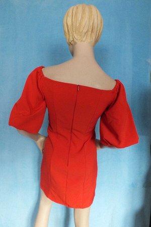 Платье Материал костюмная ткань. Рукава  32 см, длина 75 см, ОГ 87 см, ОБ 90 см. Имеет небольшой складской запах, при стирке уходит