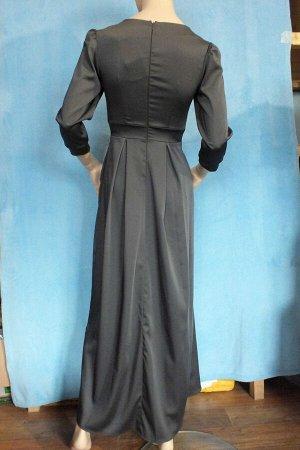 Платье Рукава 47 см, ОГ 89 см, ОТ 66 см, длина 128 см. Имеет небольшой складской запах, при стирке уходит