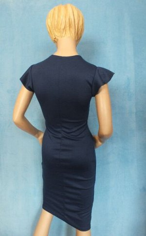Платье Материал хлопок. 42: Длина 98 см, ОГ 91 см, ОБ 90 см, ОТ 64 см. 46: Длина 105 см, ОГ 90 см, ОТ 74 см, ОБ 100 см. Имеет небольшой складской запах, при стирке уходит