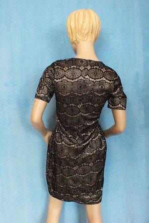 Платье Рукава 23 см, Длина 86 см, ОГ 87 см, ОТ 73 см, ОБ 94 см.Имеет небольшой складской запах, при стирке уходит