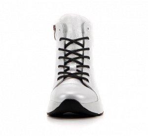 Ботинки кожа Белый