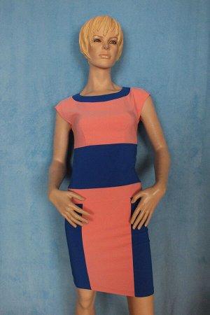 Платье Идет на размер 40-42. Длина 85 см, ОГ 87 см, ОТ 69 см, ОБ 89 см. Имеет небольшой складской запах, при стирке уходит