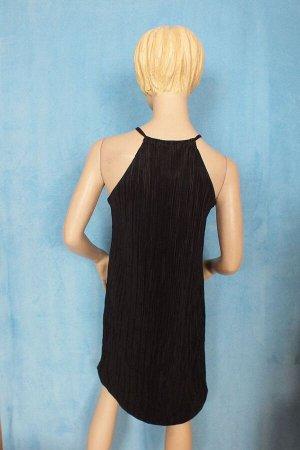 Платье 46: Длина 95 см, ОГ 96 см, ОТ 96, ОБ 100 см. 44: Длина 86 см, ОГ 90 см, ОТ 90 см, ОБ 94 см. Имеет небольшой складской запах, при стирке уходит