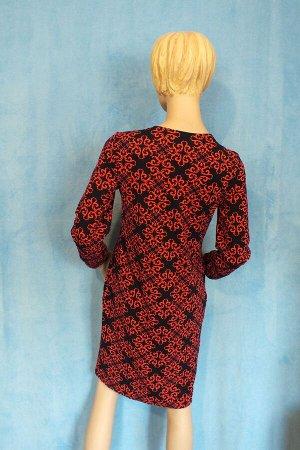 Платье Пояс в комплекте. Рукава 60 см, Длина 97 см, ОГ 95 см, ОТ 83 см, ОБ 100 см. Имеет небольшой складской запах, при стирке уходит