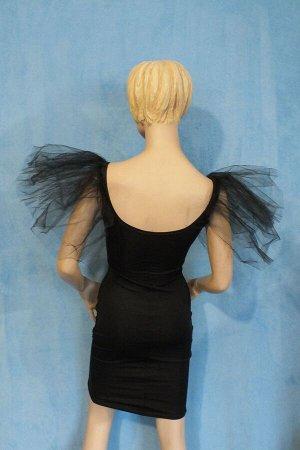 Платье Длина 89 см, Ог 87 см, От 67 см, ОБ 90 см. Имеет небольшой складской запах, при стирке уходит