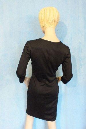 Платье Рукава 42 см, Длина 84 см, ОГ 88 см, ОТ 74 см, ОБ 94 см.Имеет небольшой складской запах, при стирке уходит