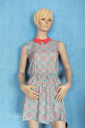 Платье Длина 81 см, ОГ 86 см, ОТ 66 см.  Имеет небольшой складской запах, при стирке уходит