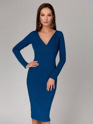 Платье цвета морской волны с рельефными полосами и длинными рукавами