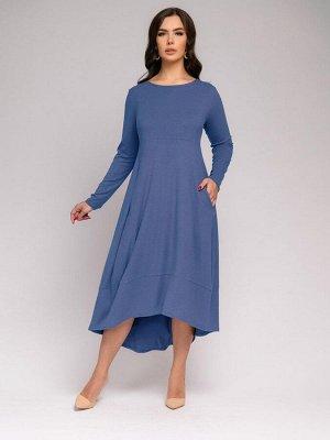 Платье синего цвета свободного кроя с длинными рукавами