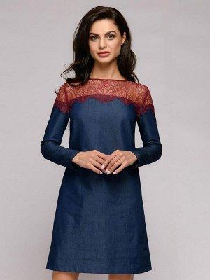 Платье джинсовое длины мини с длинными рукавами и бордовой кружевной отделкой