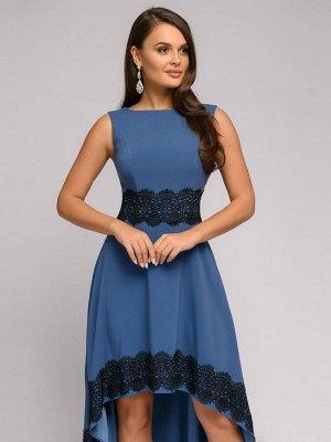 Платье синее разноуровневое с черной кружевной отделкой