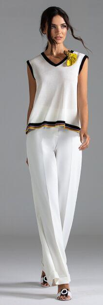 """Шикарные белые брюки фирмы """"Моцарт"""""""
