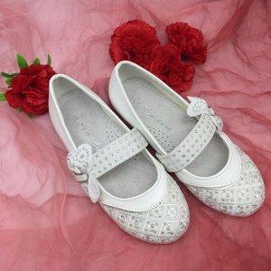 Туфли Красивые туфельки для девочки. Соответствие размера: 29-18см 35-22,5см