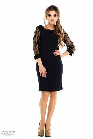 Синее платье с открытой спиной и прозрачными черными рукавами с цветами