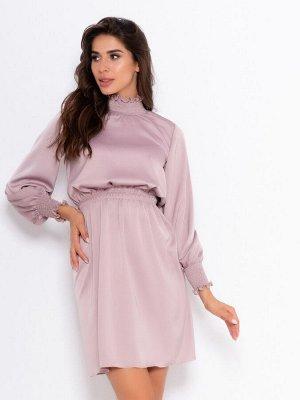 Розовое сатиновое приталенное платье с жаткой