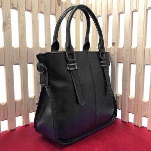 Стильная женская сумка Egory из натуральной кожи высокого класса черного цвета.