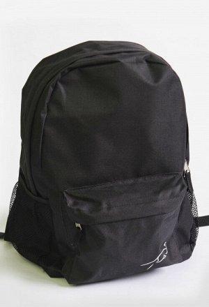 Рюкзак 003 чёрный синий олива Состав: 100% полиэстер Описание: Легкий рюкзак с плотнымианатомическими лямками, размер 30*44*14. В основном отделении есть дополнительный карман. По бокам сетчатые кар