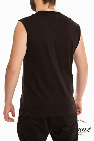 Майка Майка с широким плечом выполнена из однотонной кулирки, 100% хлопок. Круглая горловина и проймы обработаны широкой бейкой. Спереди расположен яркий принт. Размерный ряд: 44-62. Состав Хлопок 100