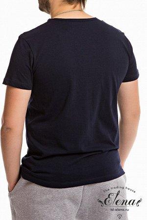 Футболка Мужская футболка выполнена из хлопковой ткани. Круглый вырез горловины, короткий рукав. Силуэт облегающий, спереди нанесён принт. Размерный ряд: 44-62. Состав Хлопок 100% Артикул 11929П Базов