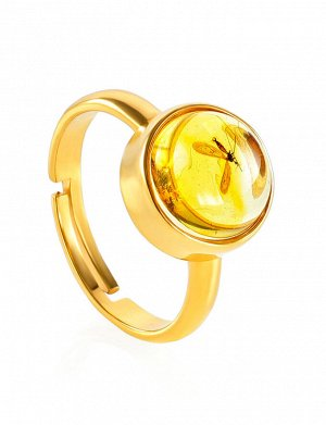 Лаконичное кольцо из позолоченного серебра и янтаря с инклюзом «Клио», 910007241