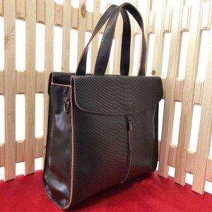 Трендовая двусторонняя сумка Snake Maysun из натуральной кожи со вставкой под рептилию шоколадного цвета.