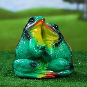 "Садовая фигура ""Лягушка Пара"", зелёный цвет, 20 см"