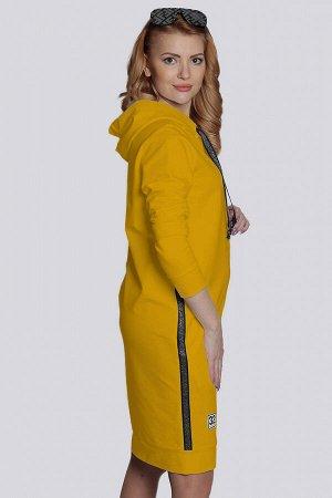 Желтый Стильное спортивное женское платье из трикотажа, как нельзя лучше подходит для повседневной носки, не сковывает движений. Платье с капюшоном имеет свободный силуэт и модную длину. В боковых шва
