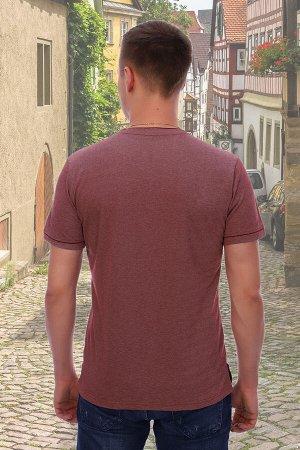 Футболка Бренд Натали Ткань: пике Мужская футболка с короткими рукавами с манжетами, по бокам разрезы. Слева на груди вышивка в виде герба.