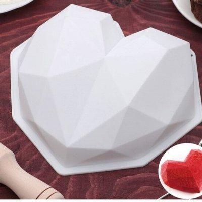 Art East-11. Большой выбор посуды, сувениров-символ года — Силиконовые формы для выпечки и заморозки